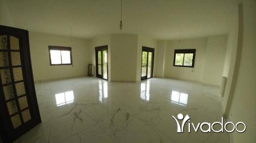 Apartments in Ballouneh - Ballouneh 195m2 - sea view - excellent condition -
