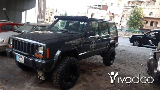 Jeep in Aley - Xj cherokee