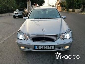 Mercedes-Benz in Zgharta - C 230 mod 2004 sport (4 cylindre)