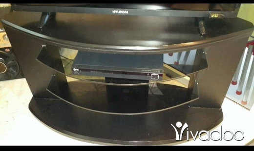 Dining Tables & Chairs in Beirut City - Tv table for sale