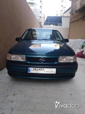 Opel in Tripoli - Opel vectra 94