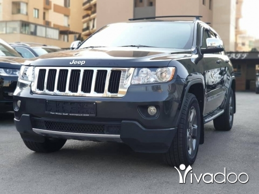 Jeep in Port of Beirut - Laredo V6 4x4 Clean carfax