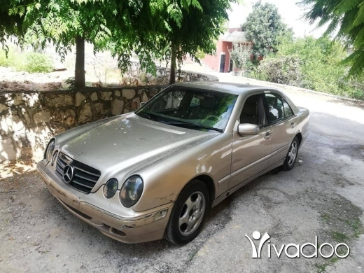 Mercedes-Benz in Nabatyeh - mercedes C.320 model 2001