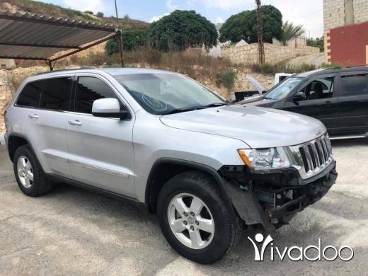 Jeep in Nabatyeh - Grand Cherokee