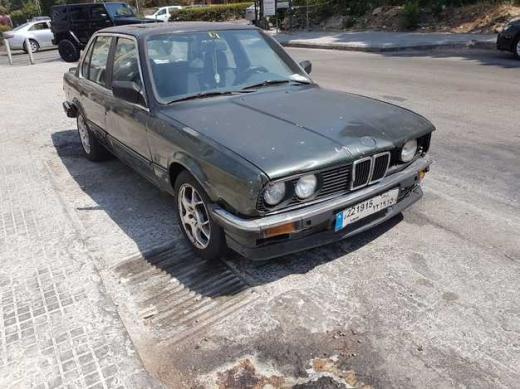 BMW in Sin El Fil - سيارة BMW 320 موديل 1985