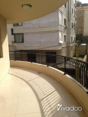 Apartments in Jouret el-Ballout - شقة مميزة للبيع في جورة البلوط