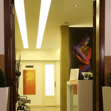 Office Space in Jall El Dieb - A furnished clinics for rent in jal el dib