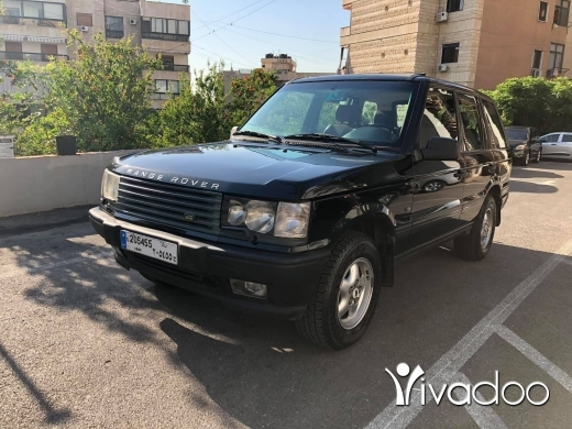 Land Rover in Beirut City - New range rover 1995