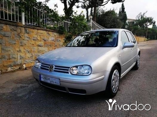 Volkswagen in Beirut City - Golf 4 2002 1.6 4cylinder sherket lebnen 3keys 1 owner super 5arka like new nb 03653677