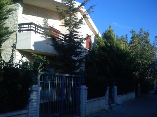 Villas in Al Muallaqa - Villa in Maalaket Zahle for sale