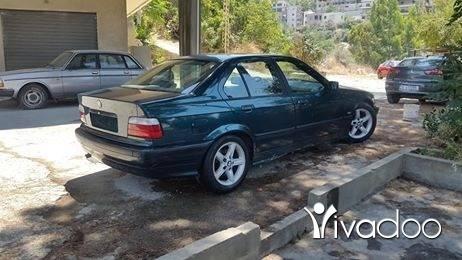 BMW in Beirut City - 318 96 full vitess kayen cherke recaro fatha ac telleje enkad jdide ma badda chi
