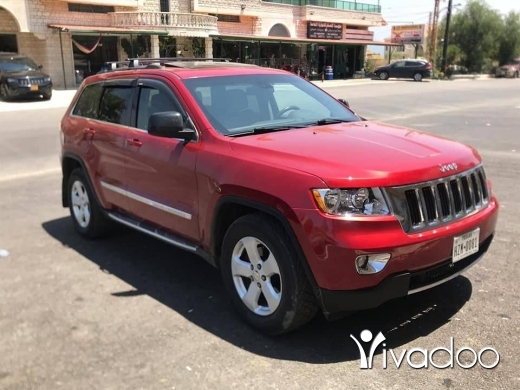 Jeep in Beirut City - Grand Cherokee Laredo 2011 in excellent condition.