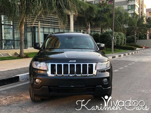 Jeep in Beirut City - JEEP GRAND CHEROKEE Model: 2011;