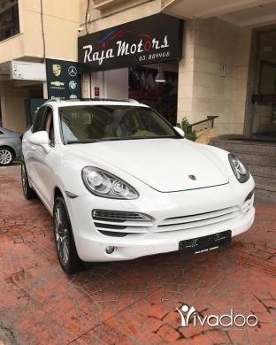 Porsche in Beirut City - Porsche Cayenne 2013 V6