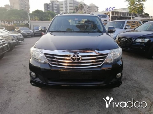 Toyota in Bouchrieh - Toyota fortuner v6 limited