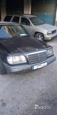 Mercedes-Benz in Tripoli - سياره ٣٠٠ اربعه سيلندر ٢٣٠ موديل ٩١ انقاد