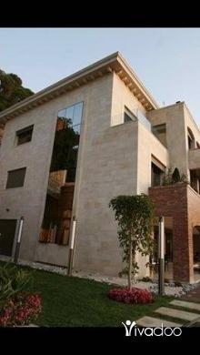 Villas in Beirut City - للبيع فيلا ٢٠٠٠ م مفروشة في ساحل علما بأقل من نصف ثمنها تل