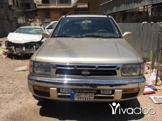 Nissan in Tripoli - جيب نيسان بسفندر مودال 1999فورويل 4x4