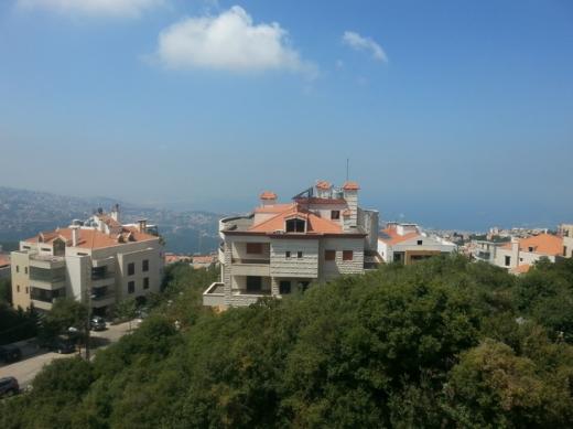 Apartments in Ballouneh - دوبلاكس بلونة 314م تراس 50م منظر بحر كاف شوفاج موقفان سوسول
