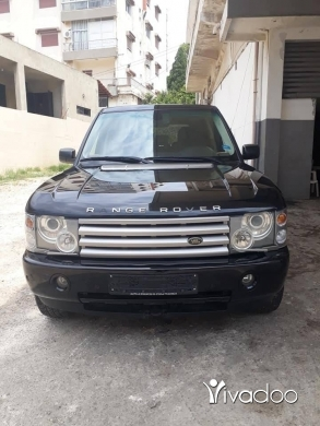 Land Rover in Kfar Yachit - Range rover vogue 2005 .
