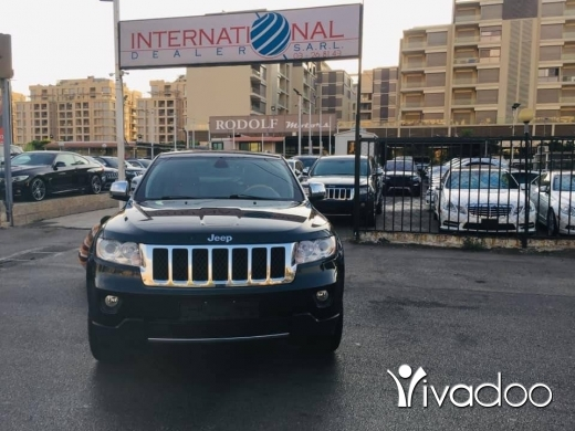 Jeep in Port of Beirut - Grand Cherokee Overland 2011