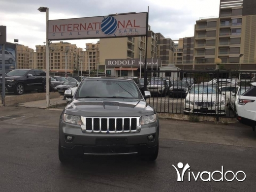 Jeep in Beirut City - Grand Cherokee Overland 2012