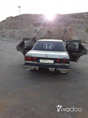 Honda in Port of Beirut - اكورد 87