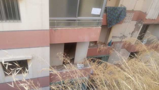 Apartments in Khalde - 95m2 house in khalad for 15000$