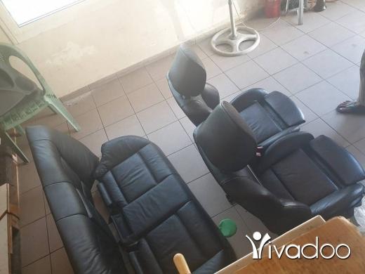 Accessories in Port of Beirut - New boy 4 doors sedan