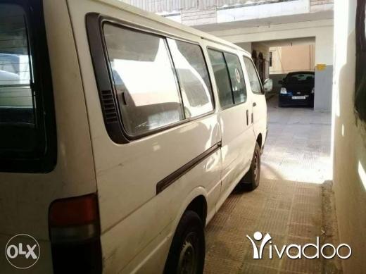 Vans in Nabatyeh - فان تويوتا هابس ٢٠٠٣ سياحي
