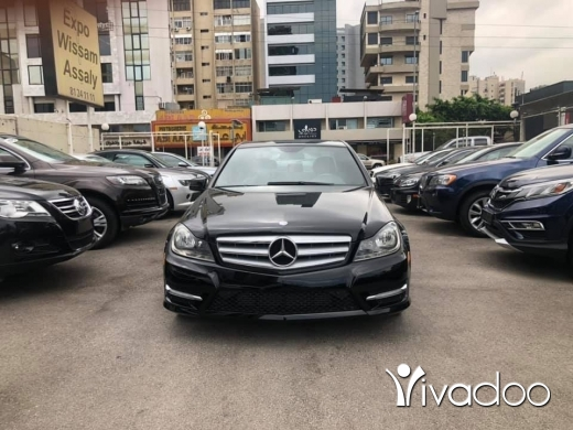 Mercedes-Benz in Beirut City - mercedes c250 2012 clean carfax