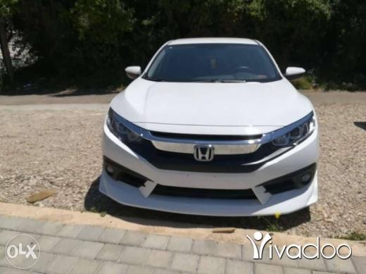 Honda in Tripoli - Honda civic SE modulo