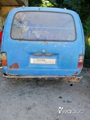 Vans in Akkar el-Atika - فان تويوتا مازوت موتار فيتاس