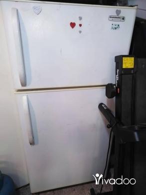 Other Appliances in Chiyah - براد غسالة فرن كهربا مكرويف طاولة صالون تلفزيون صغير كلن سوا ٤٠٠الف