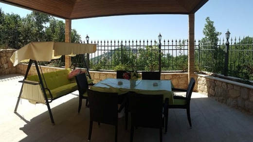 Villas in Mechmech - Villa For Sale in Mechmech 1 Min Away From St-Charbel Church