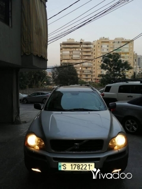 Volvo in Beirut City - For sale Volvo xc90 model 2003