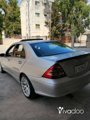 Mercedes-Benz dans Majd Laya - C 320 model 2001