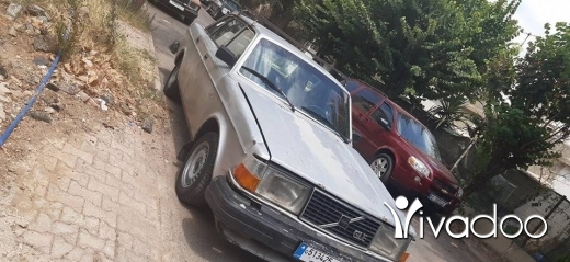 Volvo in Ain el-Remmaneh - Volvo 244 GLE فولفو ٢٤٤