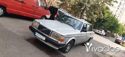 Volvo in Ain el-Remmaneh - Volvo 240 فولفو ٢٤٠