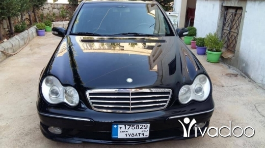 Mercedes-Benz in Beirut City - Mercedes 2002 c240
