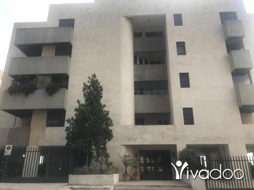 Apartments in Port of Beirut - للبيع شقة في اليرزة ٢٥٠ م مفروشة بالكامل سوبر دولكس