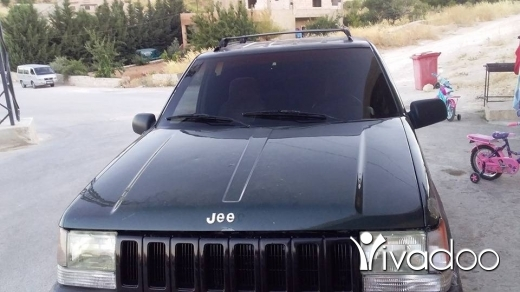 Jeep in Baalback - jip sheroki