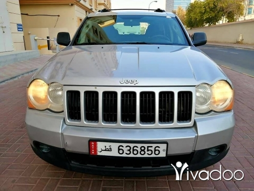 Jeep in Port of Beirut - 2010 jeep grand Cherokee