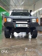 Land Rover in Tripoli - Land rover Discovery