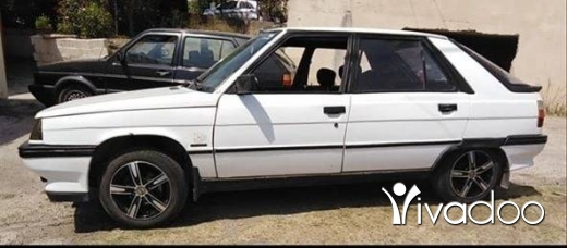 Renault in Akkar el-Atika - reno 11 88 bei3 aw tabdil