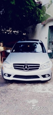 Mercedes-Benz in Sarafande - C300 mod 2010
