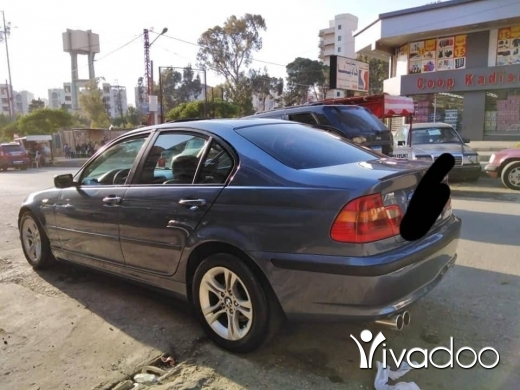 BMW in Zgharta - Bmw 325i 2002
