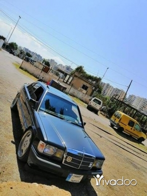 Mercedes-Benz in Tripoli - MERCEDES-BENZ 190 AMG