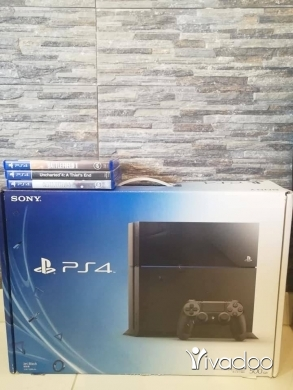 PS4 (Sony Playstation 4) in Choueifat - Ps4 500 Gb 1 Joystick + 3 Game