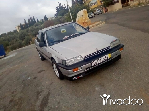 Honda in Port of Beirut - Honda accord model 89 jdide